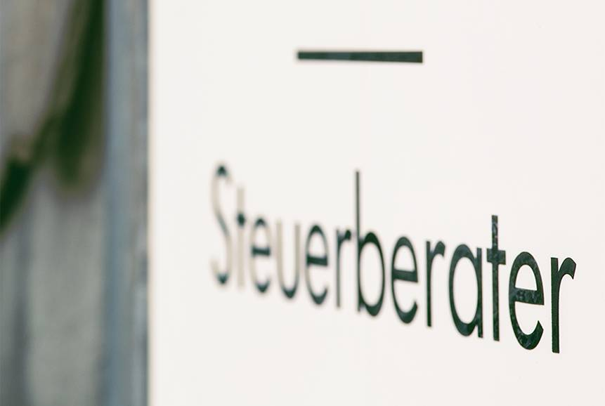 Header 02 - Schild Steuerberater
